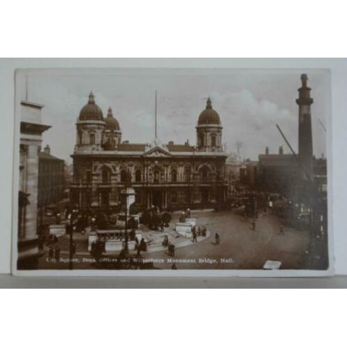 Ansichtkaart Hull City Square Dock Wilberfore Munument BL2